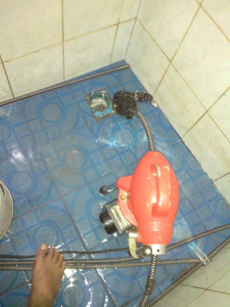 pipa kamar mandi mampet